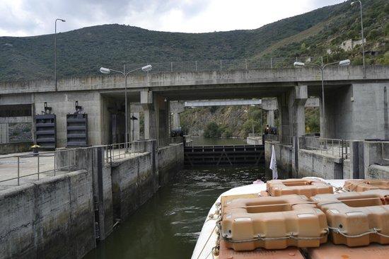 DouroAzul : Subida da barragem Pocinho