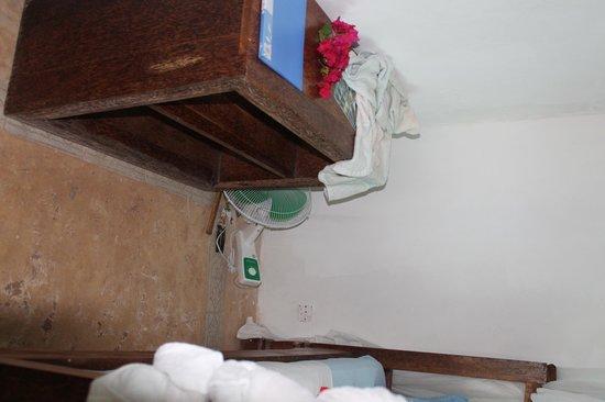 White Beach Hotel Zanzibar: room