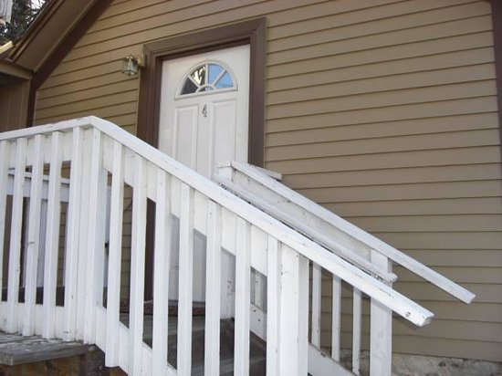 Deep Water Inn : Room 4 Entrance
