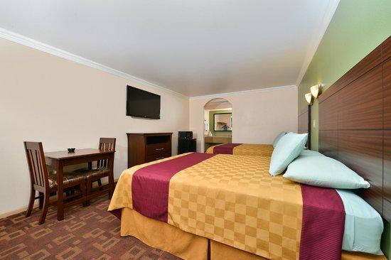 Americas Best Value Inn-Houston I-45/Loop 610: Room With Two Bead