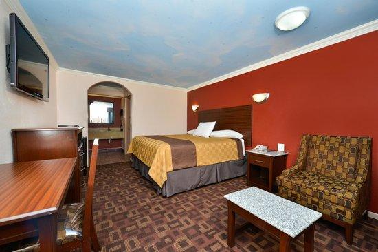 Americas Best Value Inn-Houston I-45/Loop 610: Mini Suite