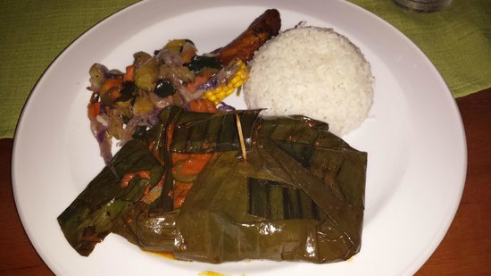 Elvi's Kitchen : Chicken wrapped in banana leaves