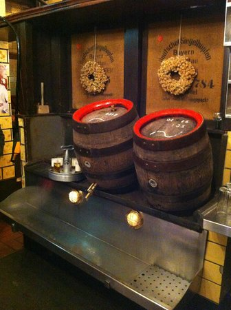 Päffgen: Your beer comes from a wooden keg!!!