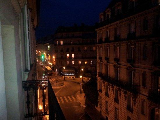 Hotel Antin Saint Georges: Vue du balcon sur la place st Georges