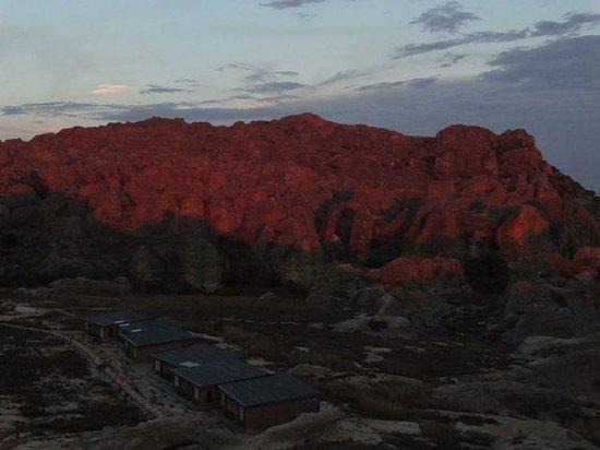 Isalo Rock Lodge: Sunset from Giorgio's window