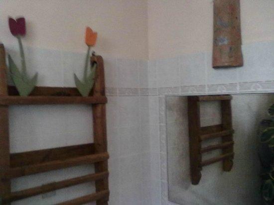 Agriturismo Fontana delle Pere : Bagno pulito e curato