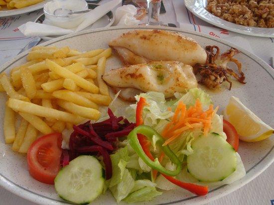 HM Gran Fiesta: calamar grillé au reto 'paraiso '
