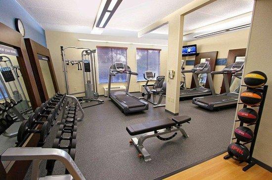 Hampton Inn Morehead City: Fitness Center Morehead