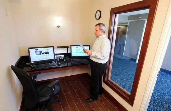 Hampton Inn Morehead City: Business Center Morehead
