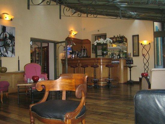Hostellerie de l'Abbaye : Le bar