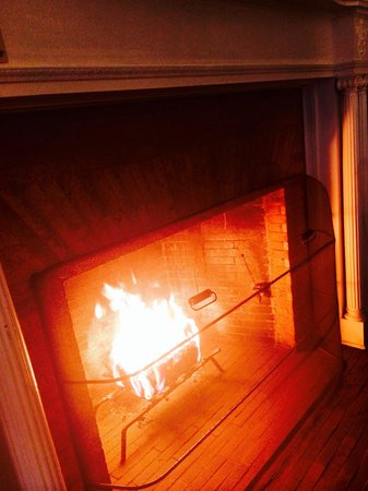 Jekyll Island Club Hotel : Real fire in our San Souci Suite. Each night the crew built a fire for us. You must request the