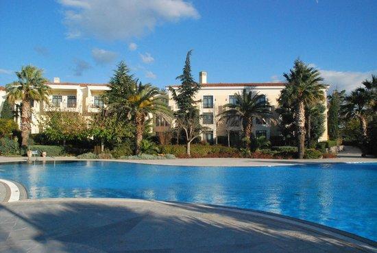 Hyatt Regency Thessaloniki: Pool area