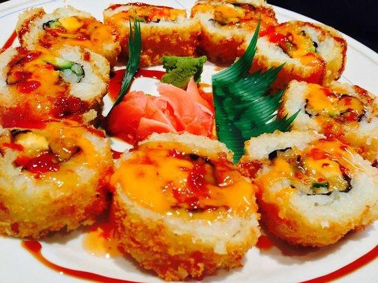 Fusion Korean Restaurant: Best Fusion Roll