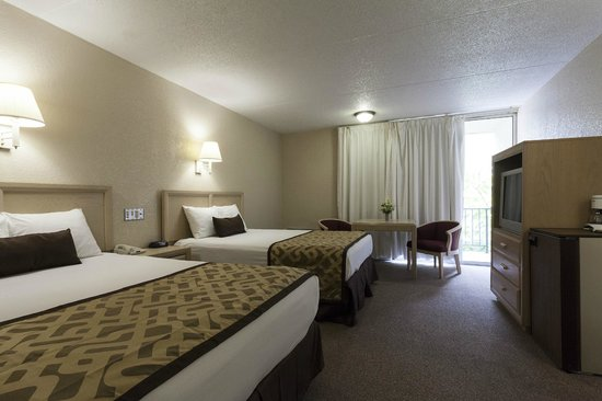 Reagan Resorts Inn: Double Beds