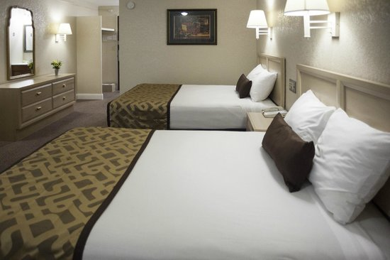 Reagan Resorts Inn : 2 Queen Beds