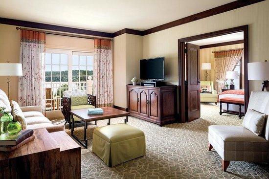 The Ritz-Carlton Reynolds, Lake Oconee: The Ritz-Carlton Executive Suite Parlor