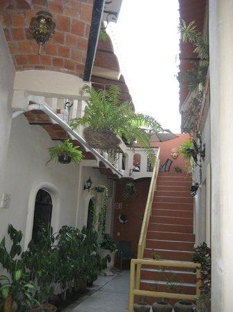Macondo Bungalows : Entry way