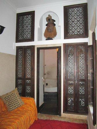 Riad Bamileke : Upstairs bedroom