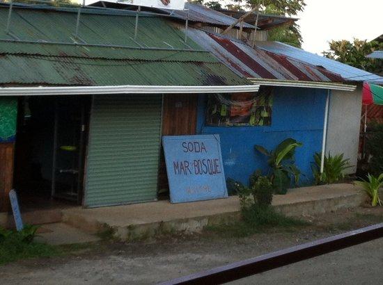 Soda Mar y Bosque Restaurant: Enseigne