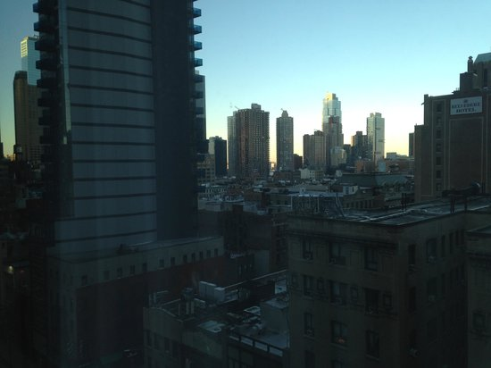 Hilton Garden Inn Times Square : view from room 1208