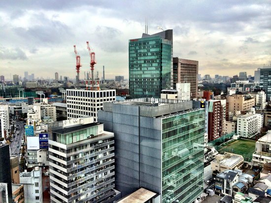 Tokyu Stay Aoyama Premier: View of the Oracle building and downtown Tokyo from 21st floor room.