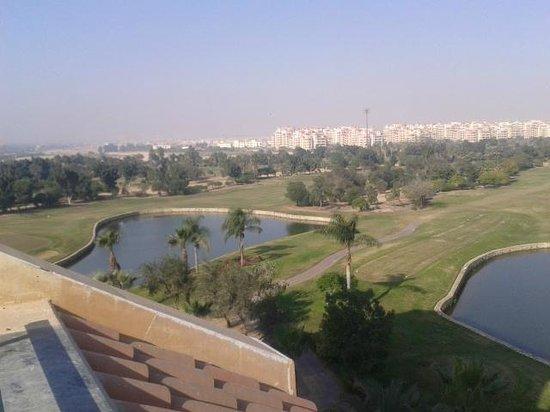 Hilton Pyramids Golf: المنظر من غرفتنا راااائع