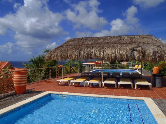 Caribbean Club Bonaire : West pool area