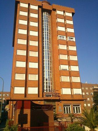 Silken Torre Garden: Fachada