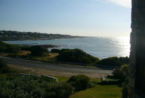 Agulhas Country Lodge: アフリカ最南端の海の眺め