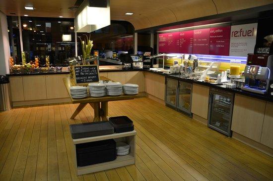 Aloft Brussels Schuman Hotel : Petit-déjeuner