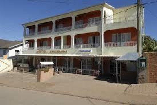 Hotel Mahamanina