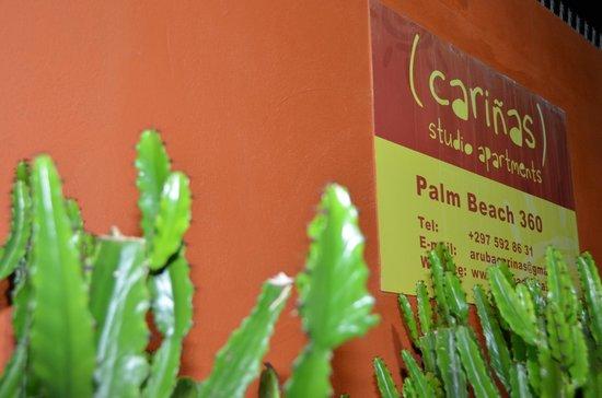 Carinas Studio Apartments: Entrada dos apartamentos