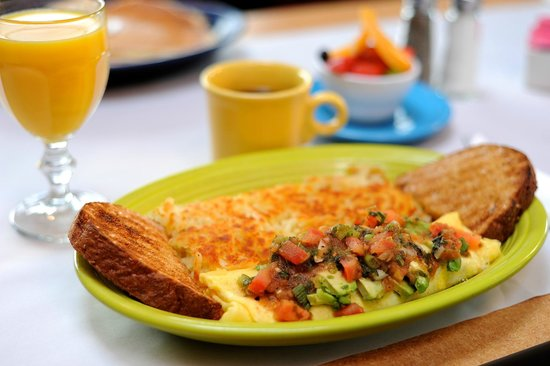 Roosters : Vera Cruz omelet topped with fresh house roasted salsa