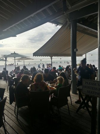 Sandbar Restaurant: View as you walk to outdoor area