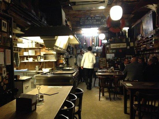 Bierhandel De Pijp: Open kitchen