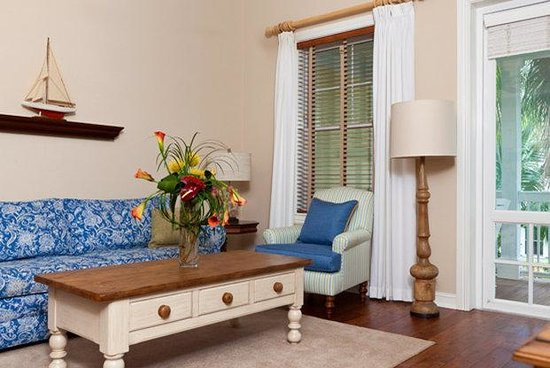 Sunset Key Cottages: Three Bedroom Living Space