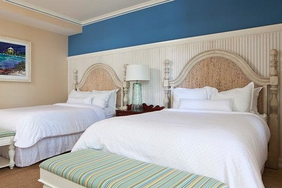 Sunset Key Cottages: Three Bedroom Guestroom