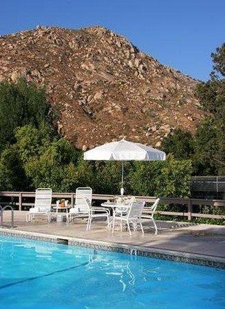 San Diego Country Estates: Pool View