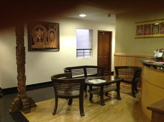 Treebo Simap Residency: reception area