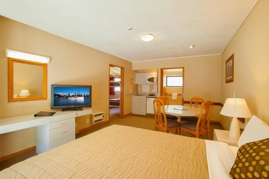 Holiday Inn Queenstown Frankton Road: Family Unit