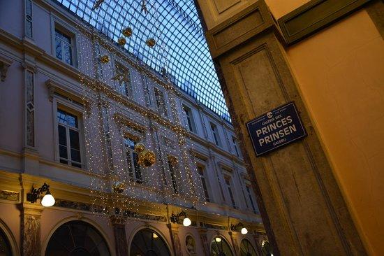 Les Galeries Royales Saint-Hubert : Vue intérieure