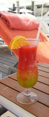 Now Amber Puerto Vallarta: Mexican Flag drink