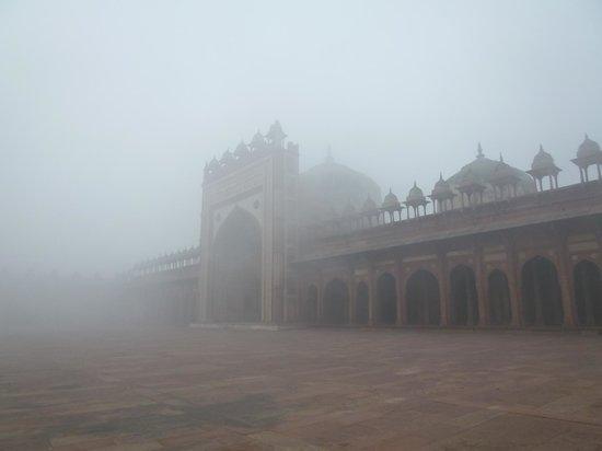 Fatehpur Sikri : 静寂の一言。