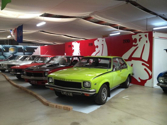National Holden Motor Museum : Echuca : Holden Museum