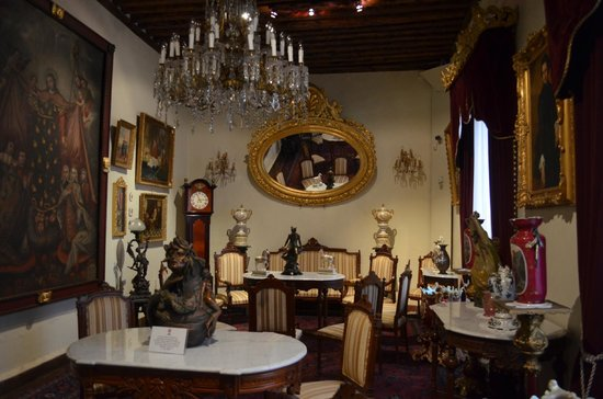 Museo Casa de la Zacatecana: First Room