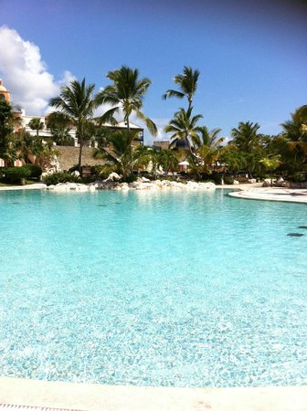 Sanctuary Cap Cana by AlSol: Pool Area