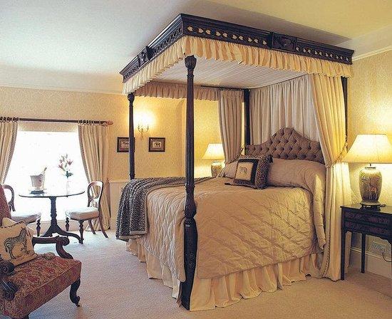 Longueville Manor: Longueville Suite