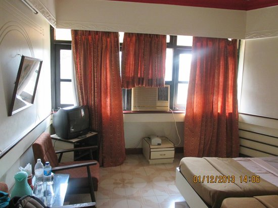 Hotel La Flor: Room