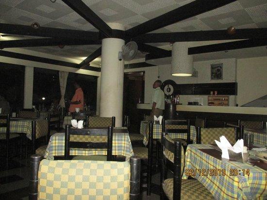 Hotel La Flor: Restaurant