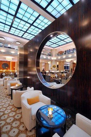 Grosvenor House Dubai: Lobby Lounge